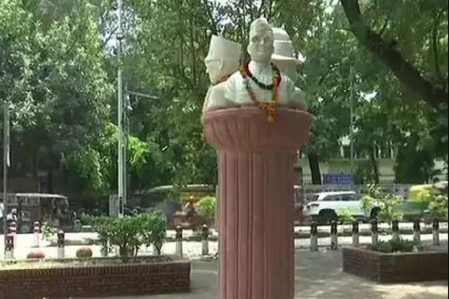 Confusion Prevails Over Removal of Veer Savarkar's Bust from Delhi University Campus