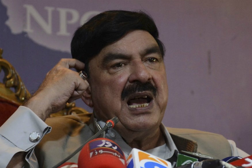 Pakistan Minister Claims Donald Trump 'Deceiving' India and Pakistan on Kashmir