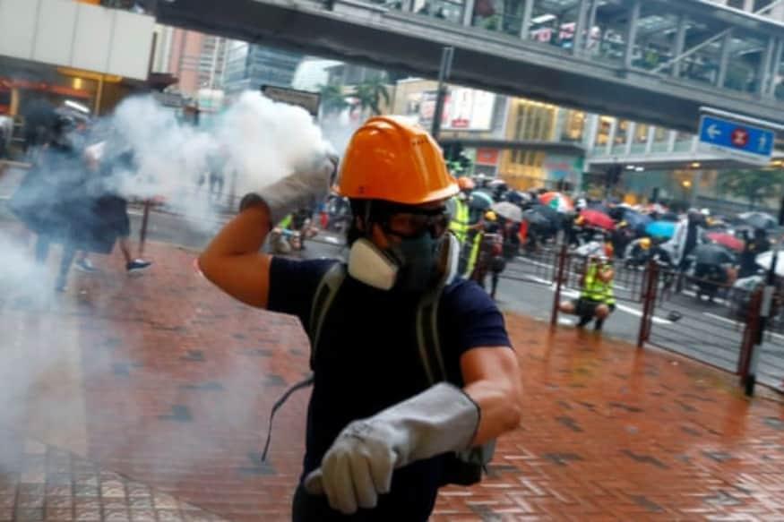 Hong Kong Protests Escalate as Police Draw Guns at Pro-Democracy Demonstrators, Arrest 36