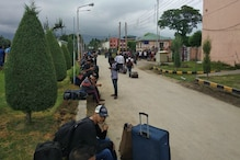 'Why is Gulmarg Being Emptied?' Omar Abdullah Says Tourists Forced to Leave Hotels Post Terror Alert