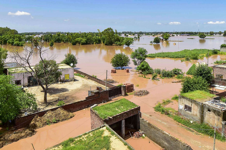 As Flood Waters Recede, Threat of Epidemic Rises in Punjab; Four Ministers to Oversee Relief Operations
