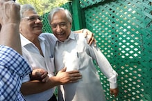 Back from Srinagar Visit, Sitaram Yechury Says Situation in Valley Contrary to Govt's Claims