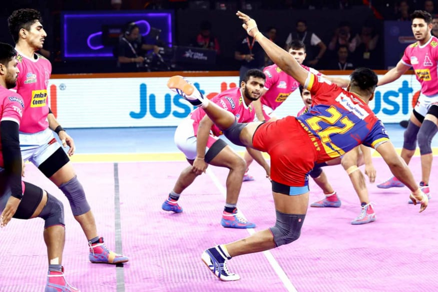 Pro Kabaddi 2019: UP Yoddha Beat Jaipur Pink Panthers 38-32