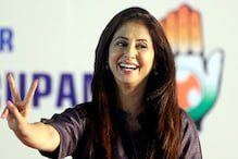 Urmila Matondkar Quits Congress, Indians Start Googling About Her Marriage