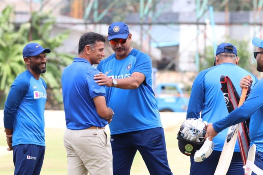 India vs South Africa: Rahul Dravid Meets Ravi Shastri and Co. Ahead of Third T20I