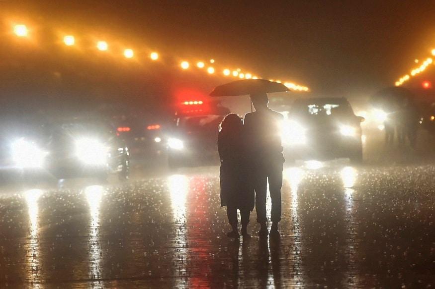 Heavy Rain Causes Waterlogging in Several Areas in Delhi, Flight Operations Briefly Suspended
