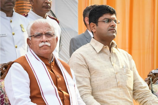 File photo of Haryana Chief Minister ML Khattar and his deputy Dushyant Chautala after taking oath.
