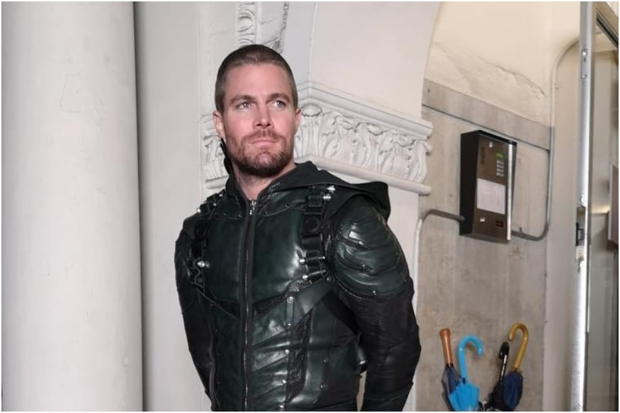 Arrow Star Stephen Amell Pays Taxes in the US But Can't Vote