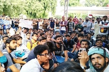 Jamia Students Allege Bouncers Hired by University Assaulted Them, Women Molested and Harassed