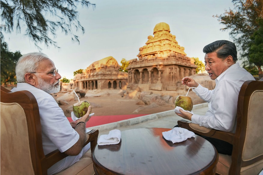 PM Modi and China's Xi Jinping Discuss Trade, Terrorism among Host of Issues on Day 1 of Informal Summit