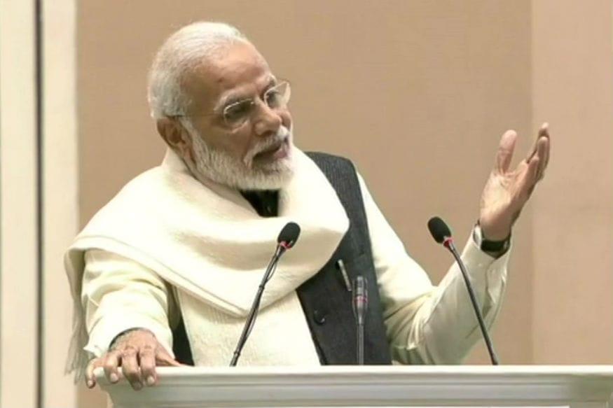 PM Modi Dials Manmohan Singh, Sonia Gandhi & Former Presidents to Discuss Coronavirus