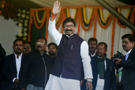 Jharkhand Chief Minister designate Hemant Soren arrives for his swearing-in ceremony at Morahabadi ground in Ranchi on Sunday (PTI)