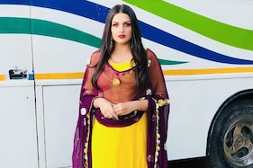 Bigg Boss 13's Himanshi Khurana Opens Up About Getting Body Shamed, Says It Resulted in Panic Attacks