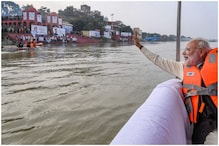 PM Modi Reviews Namami Gange Project, Enjoys a Boat Ride