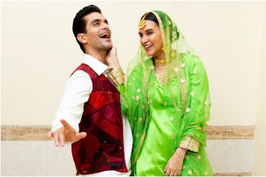 Neha Dhupia, Angad Bedi Dress Up as DDLJ's Raj-Simran 90's Bollywood Themed Party