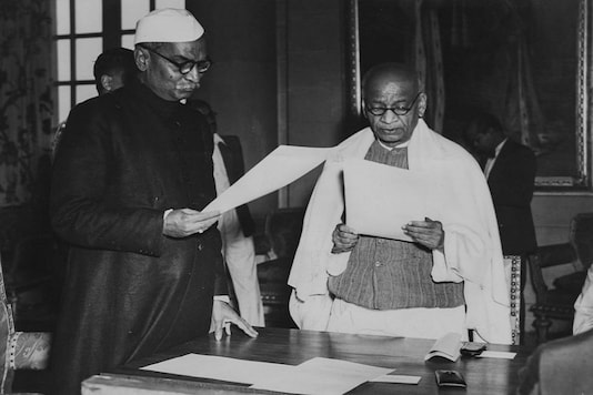 Indian President Rajendra Prasad swearing in new cabinet minister Sardar Vallabhbhai Patel as India becomes a republic, January 30th 1950. (Image: Getty Images)