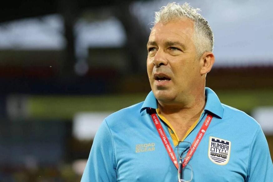 ISL 2019-20: Mumbai City FC Coach Accuses Referee of Making Racist Gestures