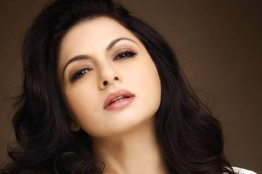 Bhagyashree Wants Alia to Do Her Role in Maine Pyaar Kiya Remake and Ranbir Or Ranveer as Salman