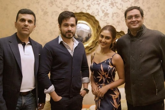 Krystle D'Souza to Make Bollywood Debut with Amitabh Bachchan, Emraan Hashmi's Chehre