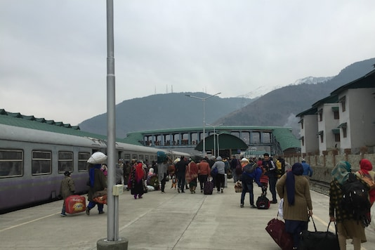 People deboarding the train at Banihal station.
