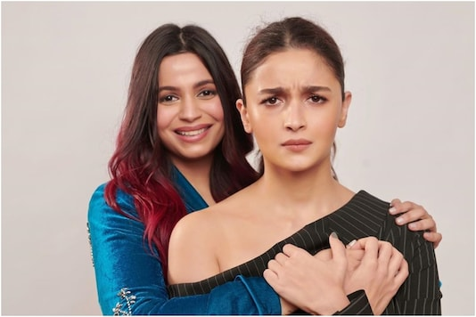 Alia Bhatt's 'Permafrown' Has the Internet Laughing Over This Photo with Sister Shaheen