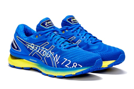 Asics Gel Nimbus 22 Review: Clever Tech Upgrades And a Whole Lot of Style