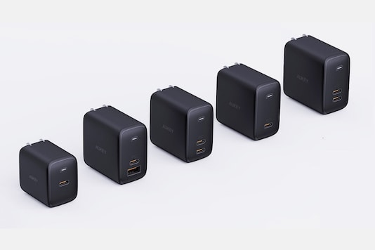 Aukey Has Added Some Serious Cool Quotient to The Otherwise Boring Fast Chargers
