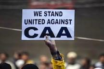 Thousands of Anti-CAA Protestors Hold Night-long Dharna at Esplanade in Kolkata