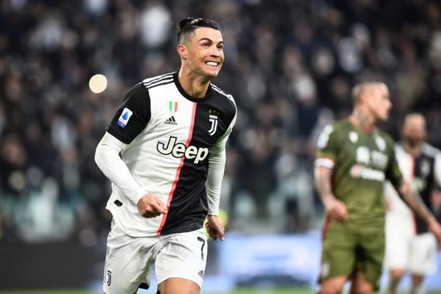 Cristiano Ronaldo Becomes First To Clock 200 Million Instagram Followers Ahead Of Ariana Grande