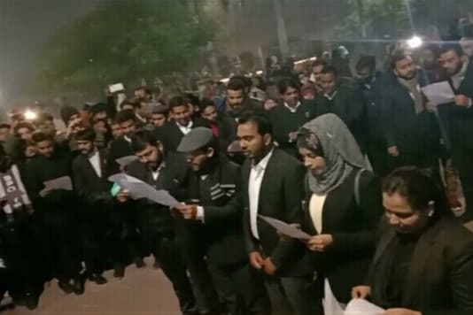 The lawyers vowed to uphold values of the Constitution. (News18)