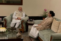 Amid Allegations of Being BJP's 'B-Team', Mamata Meets PM Modi, Asks Him to Withdraw CAA, NRC and NPR