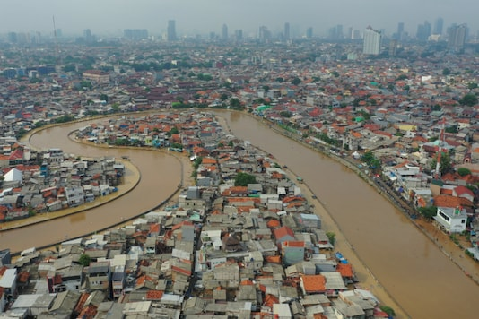 Aerial picture of an area affected by floods, next to Ciliwung river in Jakarta, Indonesia January 2 2020, in this photo taken by Antara Foto. Antara Foto/Nova Wahyudi/ via REUTERS