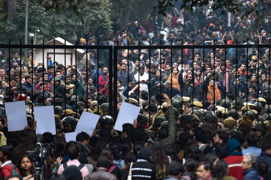 Traitors: Posters Blaming 4 Academicians for JNU Violence Spring Up on Walls of 2 Varsity