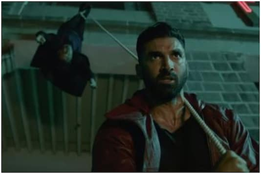 High Aditya Roy Kapur And Disha Patani Want To Kill Everyone In Malang Trailer