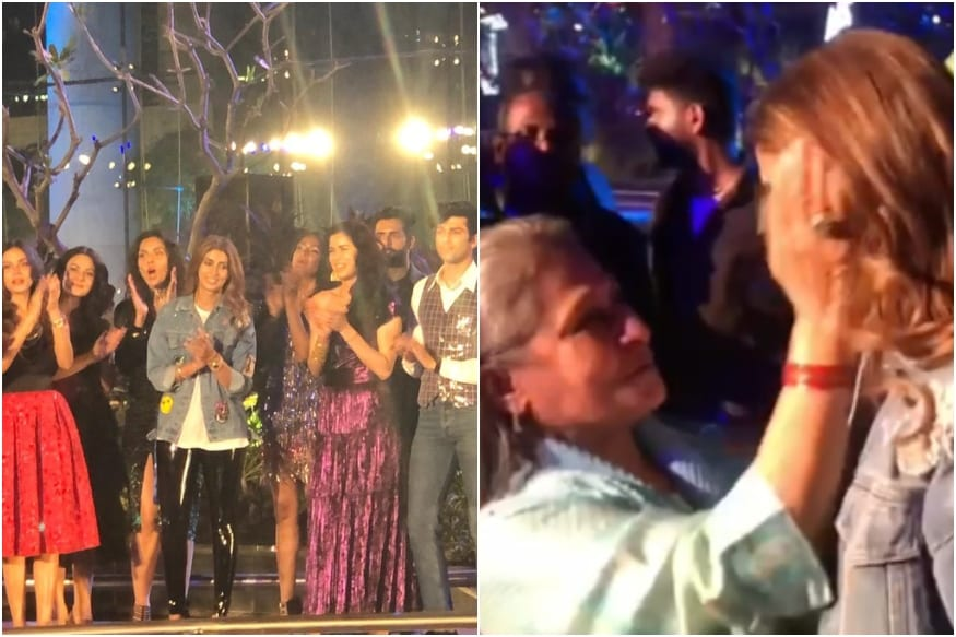 Amitabh and Jaya Bachchan Get Emotional Seeing Daughter Shweta Organise Her Fashion Show