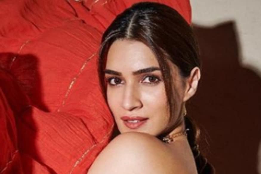 Kriti Sanon Wrote Her First Poem For A School Crush In Her 9th