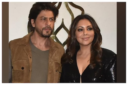 Shah Rukh Khan Makes Special Request To Wife Gauri On Social Media, Fans Call It 'Cute'