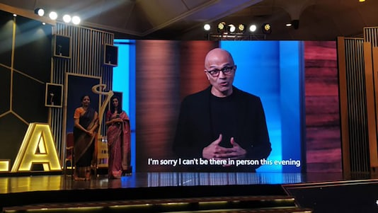 CEO, Microsoft, Satya Nadella won 'Global Indian Business Icon' award at the 15th edition of India Business Leader Awards held at Trident, Nariman Point in Mumbai on February 28, 2020. (Image: News18)
