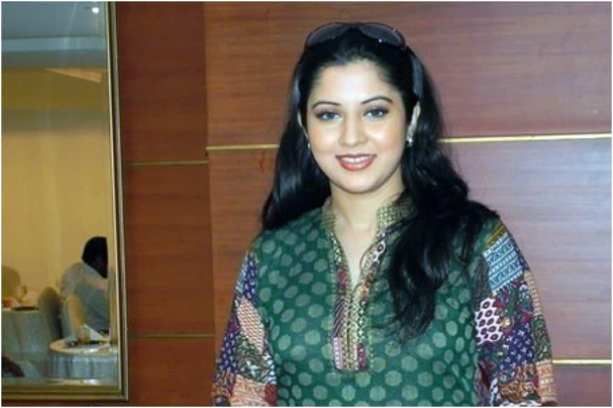 Vijayalakshmi Accuses Actor Turned Politician Seeman of Cheating
