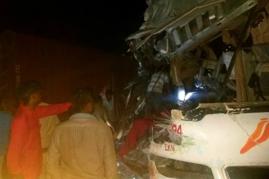 20 Feared Dead, Several Injured as Ernakulam-Bound KSRTC Bus Collides With Lorry in Tamil Nadu