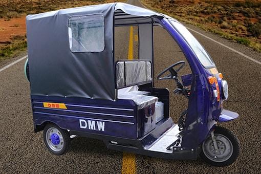 "DMW S-2 Passenger E-Rickshaw. Image used for representational service. (Photo Courtesy: <a href=""https://www.dmwevehicles.com/s-2-passenger-3.html"" target=""_blank"">DMW</a>)"