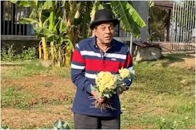 Dharmendra Enjoys Organic Farming, Shares Glimpse on Social Media