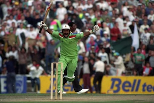 Javed Miandad Says Doesn't Believe in Comparison of Players, Rates His Era Tough