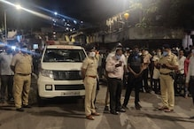 Film Songs, Food Packets, Empathy: How Mumbai Cops are Policing Slums Amid Covid-19 Lockdown