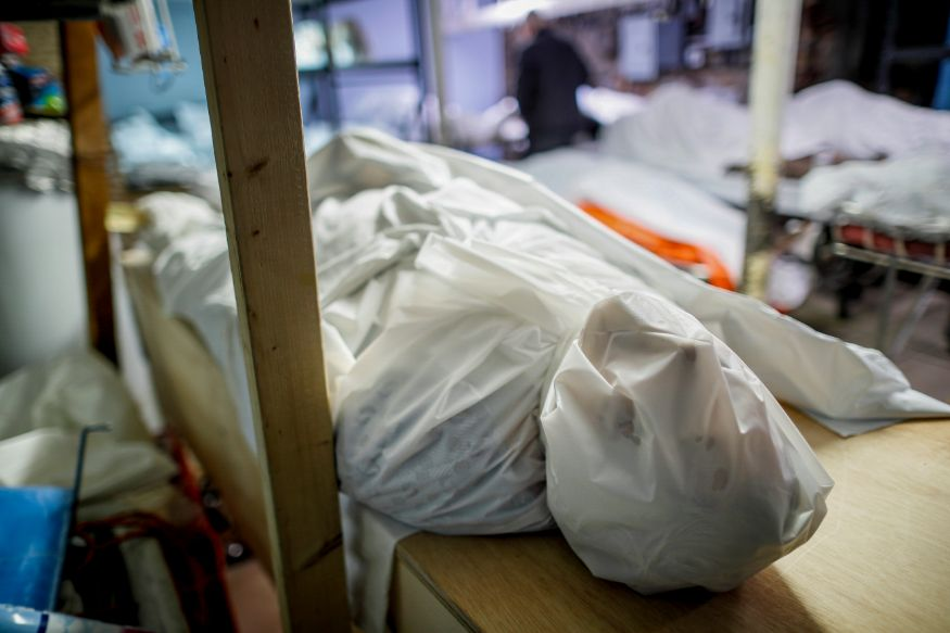 United States Coronavirus: Funeral Homes in New York Struggle as Death Toll  Surges - Photogallery