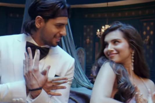 Tara Sutaria-Sidharth Malhotra Weave the Magic of Love in Masakali 2.0