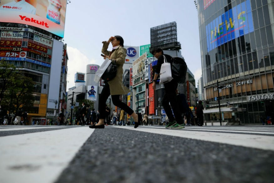 Tokyo Sees Biggest Daily Jump in Coronavirus Infections on Day One of State Emergency