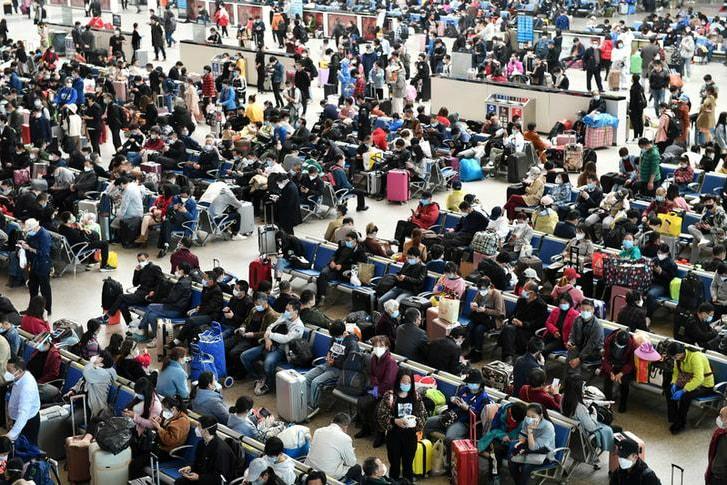 Lift Lockdown Gradually to Avert 'Second Wave' of Coronavirus, Experts Warn China