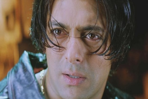 Salman Khan in a still from Tere Naam, which has been directed by Satish Kaushik. (Image courtesy: YouTube)