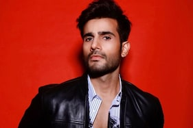 Karan Tacker Moves in with Parents Due to Continuing Rise in Covid-19 Cases in Mumbai